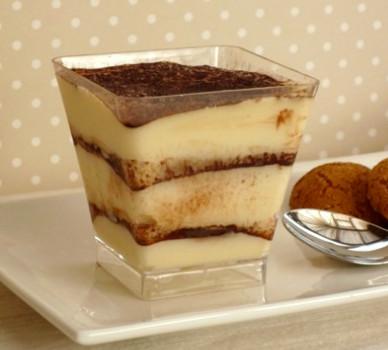kek tiraimisu dalam gelas