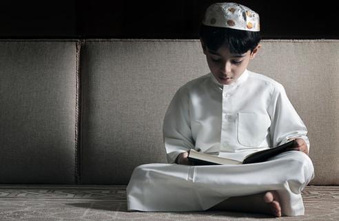 anak kecil baca alquran