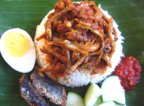 nasi lemak sambal ikan bilis sedap