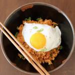 nasi goreng kimchi SEDAP.
